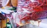 ถึงกับอึ้ง พ่อค้าขายพริกแห้งซื้อของจากร้านขายส่ง เจอหินถ่วงน้ำหนักเพียบ