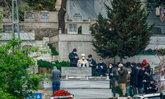"""อาลัย """"แพทย์ชาวตุรกีชื่อดัง"""" เสียชีวิตจากโควิด-19 เจ้าหน้าที่นับร้อยร่ำไห้"""