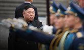 """สื่อเกาหลีเหนือเผย """"คิมจองอึน"""" นั่งเป็นประธานประชุมทางทหารด้วยตัวเอง"""