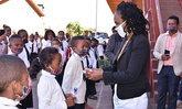 ปลดรัฐมนตรีศึกษาฯ มาดากัสการ์ ใช้งบ 75 ล้านบาท ซื้อลูกอมแจกเด็ก เชื่อกันโควิด-19
