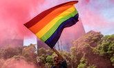 """Facebook เมิน """"คำขู่ฆ่ากลุ่ม LGBTQ+"""" ลั่นไม่ผิดกฎการใช้งาน"""