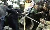 ชาวกรีซยังคงประท้วงแผนกู้วิกฤตเศรษฐกิจ