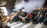 ตร.บราซิลสลายกลุ่มประท้วงจัดฟุตบอลโลก
