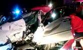 สาวขับเก๋งแซงไม่พ้น ชนประสานงารถพ่วง 18 ล้อ แม่เสียชีวิต