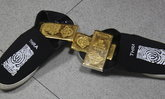 รวบหนุ่มซุกทองคำแท่งมูลค่า 4.6 ล้าน ในรองเท้า ทำการใหญ่ใจไม่นิ่ง
