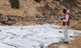 ภาพน่าสลด ร่างผู้อพยพไร้ชีวิต 74 ศพ ลอยเกยตื้นในลิเบีย