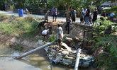 ชาวนาอ่างทองทำประชาคมวางท่อสูบจากแม่น้ำน้อยแก้แล้ง