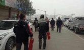 พนักงานส่งพัสดุฮีโร่ วิ่งช่วยกู้ภัยดับไฟไหม้ร้านอาหาร