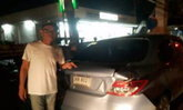 ป๋าเทพขับเก๋งถูกรถบรรทุกเสยท้ายที่ชลบุรี-โชคดีไร้เจ็บ