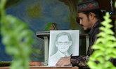 จิตรกรหนุ่มชาวสตูลวาดภาพในหลวงร.9
