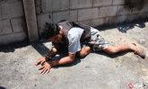 """ทำแผน """"ใหญ่ กุยบุรี"""" มือปืนฆ่าเผายกครัว 3 ศพ บอกไม่ตั้งใจยิงเด็ก"""