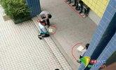 วิจารณ์สนั่น! ครูจีนสั่งนักเรียนคุกเข่า ลงโทษทำร้ายร่างกาย