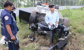 แชร์สนั่น ลูกชายนายกเทศมนตรีขับ BMW คว่ำ รถพังแต่ยังเท่