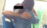 คู่รักจูบกันบนรถเมล์เผลอกัดปากแตก กลับบอกให้คนขับรับผิดชอบ