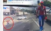 ชาวเน็ตชมสไปเดอร์แมนเพชรบุรี ช่วยชีวิตคนถูกรถชน