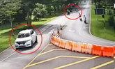 เผยคลิปเก๋งซิ่ง ! ชน จยย.นักศึกษาล้มคว่ำเเล้วหนี ในรั้วมหาวิทยาลัย