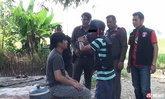 หนุ่มเมายาบ้าฆ่าเพื่อนพ่อดับ ฉุนโดนด่า-ถ่มน้ำลายใส่