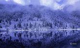 สวยมาก! ชาวจีนแห่ชมทัศนียภาพหิมะขาวโพลนบนเขาน้ำแข็งที่เสฉวน