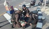 ชื่นชม 2 ตำรวจสายตรวจ วิ่งไม่คิดชีวิตช่วยคนหมดสติกลางถนน