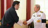กษัตริย์จิกมี เสด็จถึงไทยร่วมพิธีถวายพระเพลิงฯ ในหลวง ร.9