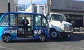 รถบัสไร้คนขับนครลาสเวกัส วิ่งได้ชั่วโมงเดียว ก็เกิดอุบัติเหตุเสียแล้ว