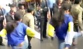 เด็กหญิงวัย 14 ถีบพ่อกลางถนน ไม่พอใจไม่ให้มือถือ