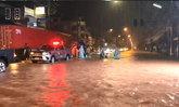 สงขลาอ่วม! น้ำท่วมตัวเมืองและเส้นทางสัญจรสำคัญ ระดับน้ำเพิ่มสูงอย่างต่อเนื่อง