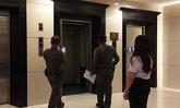 นทท.จีน แห่ขึ้นลิฟต์ รร.เชียงใหม่ อัดกันจนรับน้ำหนักไม่ไหว ลิฟต์ร่วง เจ็บ 5