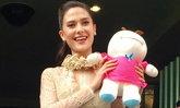 ลุงตู่ มอบตุ๊กตาให้ มารีญา ขอบคุณที่สร้างความสุขให้คนไทย