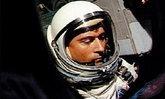 """นาซาประกาศ """"จอห์น ยัง"""" นักบินอวกาศในตำนาน เสียชีวิตแล้ว"""
