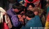 หนุ่มอินเดียปล่อยโฮ ถูกลักพาตัว-ปืนจ่อหัวบังคับให้เป็นเจ้าบ่าว