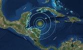 แผ่นดินไหว 7.6 กลางทะเลแคริบเบียน คลื่นสึนามิพัดเข้าชายฝั่ง
