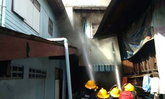 ไฟไหม้บ้าน ตายายเก็บเงินในลิ้นชัก เพลิงเผาเกือบ 4 ล้าน วอดหมด