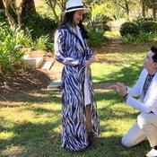 น่ารักมาก ย้อนดูวินาที เคลลี่คุกเข่าขอแฟนแต่งงาน