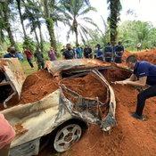 กระบี่ พบรถแกนนำม็อบหายตัวถูกเผาฝังดิน