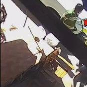 เพชรบูรณ์ คืบหน้าหนุ่มรับฝากรถหัวร้อนชักปืนขู่เจ้าของรถที่มาจอดซื้อสินค้าไม่จ่ายเงิน