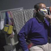 ตาวัย 74 ปี ซื้อลอตเตอรี่ตามเลขปฏิทิน สุดเฮงถูกรางวัลที่ 1 ได้ 6 ล้าน