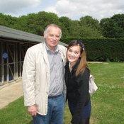 นาตาลีกับคุณพ่อชาวอังกฤษ