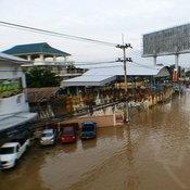 น้ำท่วมเพชรบุรี
