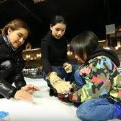 ต้อม รชนีกร กับลูกสองคน น้องวีวี่ และ น้องวี