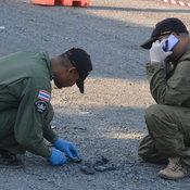 สิงห์บุรี- พบวัตถุระเบิดเกลื่อนลานจอดรถคาดเป็นพวกคึกคะนอง