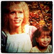 แอน อลิชากับคุณแม่ชาวอเมริกัน