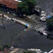 ซ่อมคันกั้นน้ำ ปทุมธานี