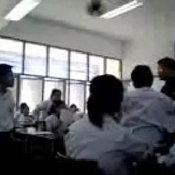 คลิปครูกับนักเรียนเถียงกัน