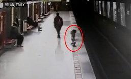 หนุ่ม 18 ฮีโร่ ไม่รีรอโดดช่วยเด็กตกรางรถไฟ และเก็บของเล่นให้ด้วย