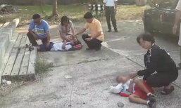 เด็กนักเรียนวัย 4 และ 6 ขวบ ถูกเสาปูนกลิ้งทับ กระดูกขาแตก 2 ข้าง