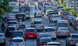 ตร.แนะเลี่ยงเส้นทาง ปิดถนน 2 จุด สร้างรถไฟฟ้าสีชมพู