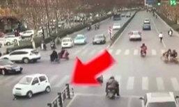 ซวยซ้ำซวยซ้อน! หญิงถูกรถยนต์ชนทับสองครั้ง เหตุคนชนลืมดึงเบรกมือ