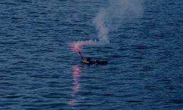 เรือทัวร์ดำน้ำไฟไหม้ นักท่องเที่ยว 40 ชีวิต ลอยคอกลางทะเล
