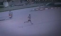 เปิดภาพสุดท้ายเด็กชายวิ่งเข้าห้องน้ำปั๊ม ก่อนเป็นศพผูกคอตาย